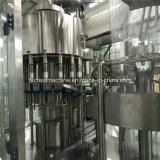 Máquina de enchimento de engarrafamento completa da água bebendo
