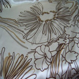 Drucken-Polyester-Satin für Kleid mit guter Qualität
