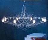 Arte Neoclassical da geometria de projeto da originalidade que pendura o candelabro da torre Eiffel G9