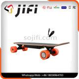 Kundenspezifisches E-Wheelin motorisierte aufgeladenes elektrisches Longboard Skateboard