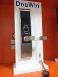 Uso de controle remoto do fechamento da chave da senha da impressão digital para a HOME