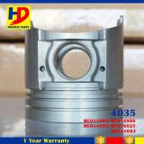 As peças de motor Diesel vendem por atacado 4D35 para o pistão com Pin e O OEM nenhum (ME018825)