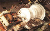 二重抽出の蒸気タービンの発電機