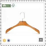 Вешалки высокого качества роскошными пластичными рециркулированные вешалками пластичные для пальто