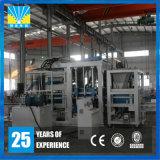 Máquina de fatura de tijolo concreta automática hidráulica do Paver Qt15