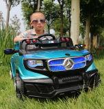 Elektrisches Auto, damit Kinder, Reiten-auf Auto fahren