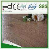 Plancher en stratifié de surface en chêne blanc 12 mm V-Groove