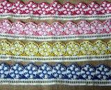化学ミルクヤーン装飾のための多重カラー刺繍のレース