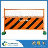 Barrera galvanizada del control de muchedumbre con los pies del puente/la barrera de acero del tráfico