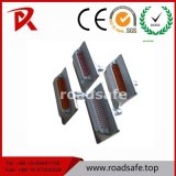 La strada riflettente di alluminio fissa il riflettore dell'indicatore della strada della pavimentazione dei branelli di vetro