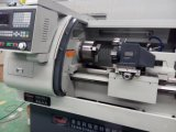 金属CNCの真鍮の旋盤の回転切断の工作機械Ck6136A-1
