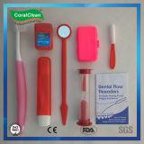 다채로운 플라스틱 병에 있는 교정 장비, 수직 장비