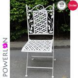 Projeto novo que dobra a cadeira preta do pátio para a mobília ao ar livre