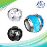 Bluetooth 4.1の丸いボールの形の携帯用専門の小型無線拡声器