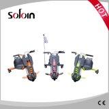 折る3人の車輪の小型子供のおもちゃLEDの電気計量器のスクーター(SZE100S-2)