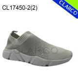 Zapatos que recorren de los deportes de la zapatilla de deporte de los hombres con la planta del pie del amortiguador
