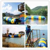 Bloqueio de lançamento de catapulta de água inflável para esportes aquáticos