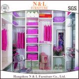 N u. L moderne Art-hölzerner Garderoben-Weg im Wandschrank für Schlafzimmer