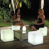 El color del RGB que cambia la barra del LED preside el asiento plástico del cubo de los muebles de la calidad