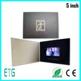 2016 5 brochure colorée neuve de vidéo de salutation de l'impression HD de l'écran tactile de pouce 8GB