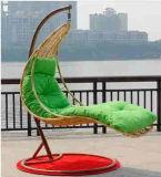 藤の振動椅子
