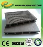 Tablero de suelo plástico de madera amistoso hueco del compuesto WPC de Eco