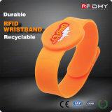NFC impermeabilizzano la modifica dei Wristbands del silicone RFID per la ginnastica/sosta dell'acqua