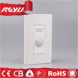 Interruttore elettrico di induzione del raggio infrarosso della parete bianca