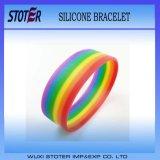 Wristbands gai del silicone del braccialetto di orgoglio del Rainbow poco costoso