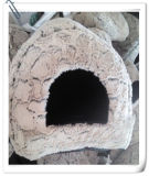 A fábrica fêz a caverna do animal de estimação a casa de cão bonito da novidade