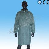 Пальто лаборатории устранимой работы PP Nonwoven медицинской равномерное для лаборатории