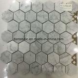 Mosaico grigio del marmo di esagono del grano di legno