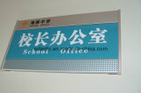 Büro-an der Wand befestigtes flaches Aluminiumzeichen
