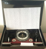 Horloge en bois de bureau de support antique de crayon lecteur pour le bureau