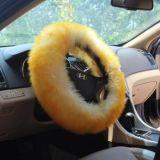 Punta dorata delle lane lunghe del coperchio del volante dell'automobile della pelle di pecora