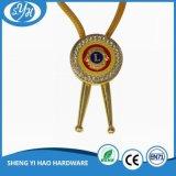 L'oro del metallo placcato mette in mostra la medaglia con il marchio personalizzato 3D