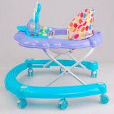 Езда младенца на уникально игрушках ходока младенца с специальным вниз подносом