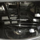 Mezcladora que se lava del detergente y del líquido