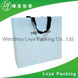 ペーパーショッピング・バッグ、カスタムハンドルが付いているロゴによって印刷される紙袋