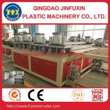 Chaîne de production de panneau de mousse de croûte de construction de PVC