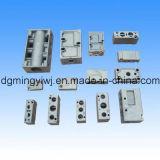 As vendas Heated de de alumínio morrem a carcaça para os acessórios da mobília (Al10045) com fazer à máquina do CNC feito na fábrica chinesa