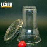 La plastica del gelato foggia a coppa le ciotole con l'animale domestico del coperchio