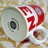 Tazza di ceramica rossa all'ingrosso della tazza di caffè 11oz