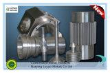 Pieza que trabaja a máquina del CNC con el acero inoxidable para la maquinaria