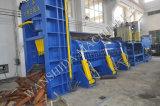 ノンストップ高容量の屑鉄のせん断の梱包機のセリウムは熱い販売のために承認した