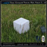 Cube extérieur imperméable à l'eau de recharge à télécommande en utilisation RVB DEL