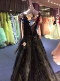 Um vestido da linha/noite da princesa Preto Laço para o casamento
