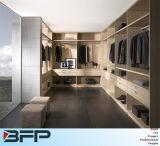 Kundenspezifische hölzerne Garderobe mit einfachem Entwurf