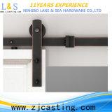 Portello di granaio lustrato interno con il hardware del portello scorrevole (LS-SDU-8010)