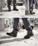 戦術的な軍の砂漠のカーキ色ハンチングは戦闘用ブーツに蹄鉄を打つ